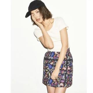 エヴリス(EVRIS)のEVRIS 花柄台形スカート(ミニスカート)