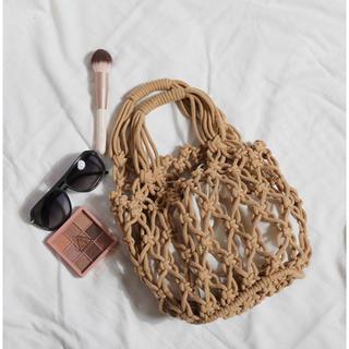 ミラオーウェン(Mila Owen)のバケットサマーハンドバッグ 編み編み カゴバッグ 巾着 (かごバッグ/ストローバッグ)