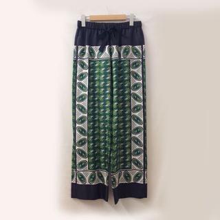 ドゥロワー(Drawer)のDrawer ドゥロワー シルクパンツ スカーフ柄 光沢 ウエストゴム(その他)