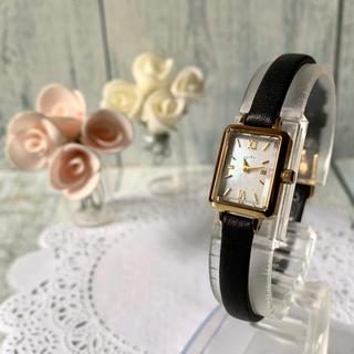 アガット(agete)の【美品】agete アガット 腕時計 シェル ゴールド スクエア 1312(腕時計)