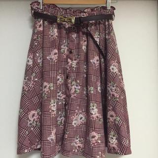 リズリサ(LIZ LISA)のリズメロ♡ベルト付きスカート♡新品!(ひざ丈スカート)