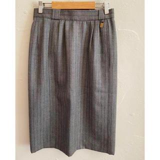 アイグナー(AIGNER)のAIGNER アイグナー スカート グレー サイズ42(ひざ丈スカート)