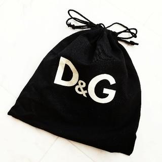 ドルチェアンドガッバーナ(DOLCE&GABBANA)のD&G巾着袋 ポーチ(ポーチ)
