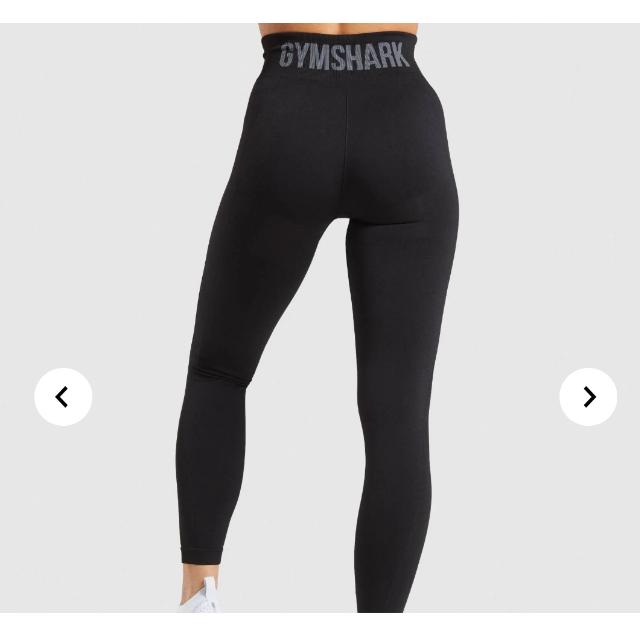 adidas(アディダス)のGYM SHARK FLEX HIGH WAISTED LEGGINS XS スポーツ/アウトドアのトレーニング/エクササイズ(トレーニング用品)の商品写真