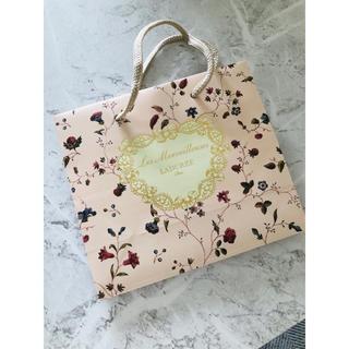 レメルヴェイユーズラデュレ(Les Merveilleuses LADUREE)の美品 ラデュレ ショップ袋 紙袋 花柄(ショップ袋)