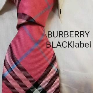 バーバリーブラックレーベル(BURBERRY BLACK LABEL)の美品★バーバリーブラックレーベル★BURBERRYピンクチェック柄高級ネクタイ★(ネクタイ)