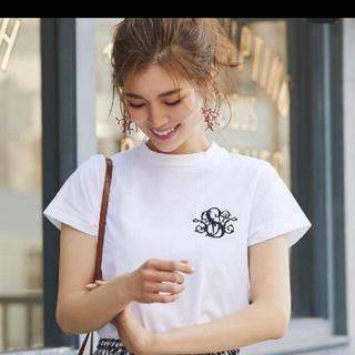 チェスティ(Chesty)の最終お値下げ セブンテン SVTロゴ刺繍Tシャツ(Tシャツ/カットソー(半袖/袖なし))