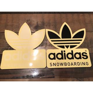 アディダス(adidas)のアディダス スノーボード ビックステッカー ホワイト&ブラック 切文字タイプ(アクセサリー)