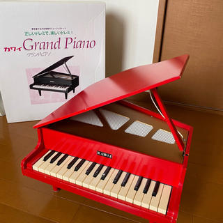★ KAWAI ★ カワイ グランドピアノ / ミニピアノ 赤 1104