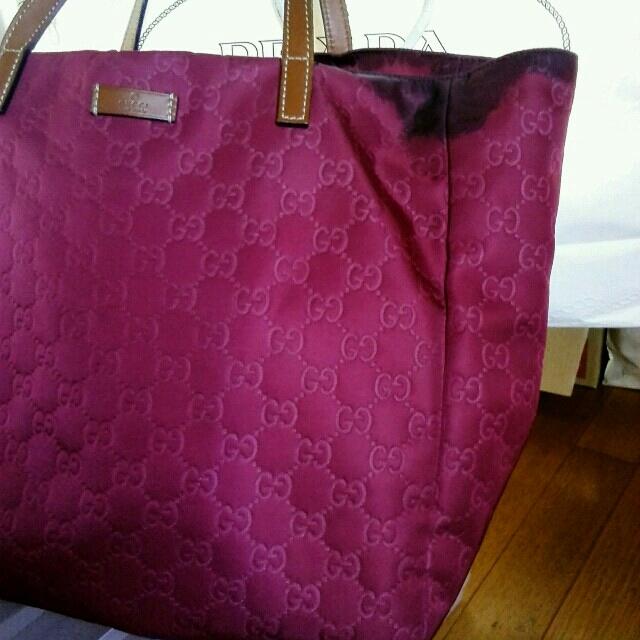 Gucci(グッチ)のグッチ シマ トートバッグ レディースのバッグ(トートバッグ)の商品写真