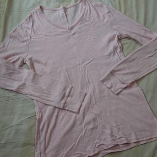 ギャップ(GAP)のGAP*薄手長袖Tシャツ*薄ピンク*Mサイズ(Tシャツ/カットソー(七分/長袖))