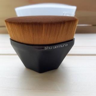 シュウウエムラ(shu uemura)のシュウウエムラペタル55ファンデーションブラシ(ブラシ・チップ)