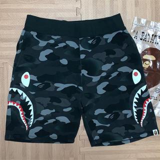 アベイシングエイプ(A BATHING APE)の★激レア★ APE Side Shark ハーフパンツ L ショーツ (ショートパンツ)