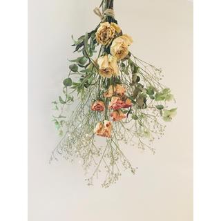 バラ かすみ草 ブルーファンタジア 花束 スワッグ ブーケ(ドライフラワー)