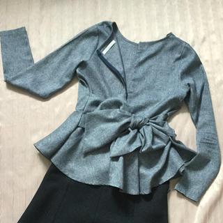 コウベレタス(神戸レタス)の裾フレアー、ウエストリボン トップス、used 上品な着こなしに。(シャツ/ブラウス(長袖/七分))