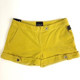 カルバンクライン(Calvin Klein)のCalvin Klein Jeans イエロー コーデュロイ ショートパンツ(ショートパンツ)