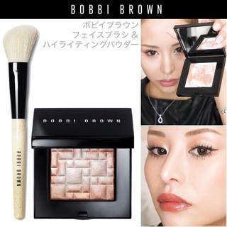 ボビイブラウン(BOBBI BROWN)の꙳門りょうさんBOBBI BROWN縛り꙳ボビイブラウン ハイライト&ブラシ(フェイスカラー)