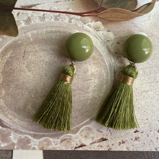 URBAN RESEARCH - レトロGreen tassel earring ヴィンテージ