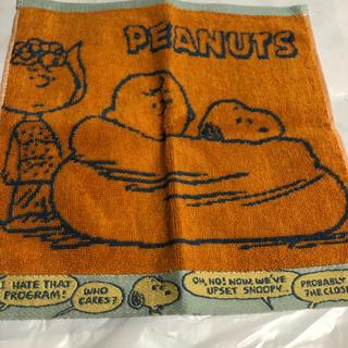 ピーナッツ(PEANUTS)のスヌーピタオルハンカチーフ オレンジ(ハンカチ)