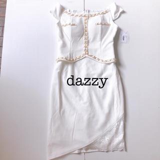 デイジーストア(dazzy store)の新品 dazzy ゴールドチェーン付き キャバドレス  (ミニドレス)