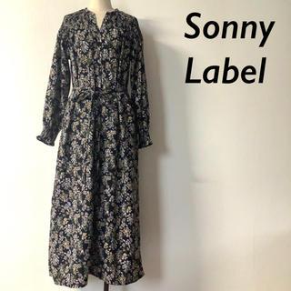 サニーレーベル(Sonny Label)のSonny Label 小花柄 シャーリング ロングワンピース ネイビー系(ロングワンピース/マキシワンピース)