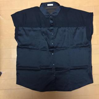 ジーユー(GU)の黒ノースリーブとろみシャツ(シャツ/ブラウス(半袖/袖なし))
