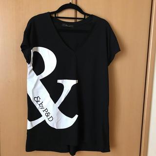 ピンキーアンドダイアン(Pinky&Dianne)のVネックTシャツ(Tシャツ(半袖/袖なし))