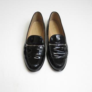 グッチ(Gucci)のGUCCI グッチ エナメルローファー 黒 23 イタリア製(ローファー/革靴)