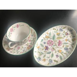 ミントン(MINTON)の格安!ミントン ハドンホール カップ&ソーサー+オーバルトレイプレート皿セット(食器)