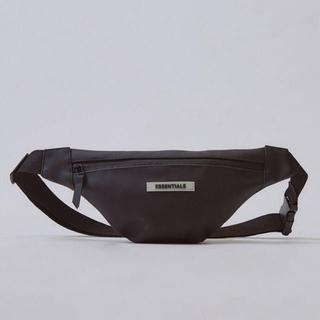 フィアオブゴッド(FEAR OF GOD)のFOG Essentials Waterproof Sling Bag(ボディーバッグ)