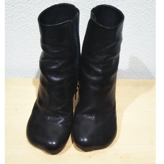 エムエムシックス(MM6)のmm6 アンクルブーツ ブラック(ブーツ)