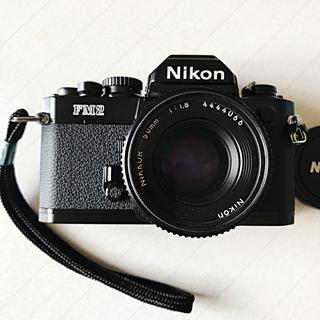 ニコン(Nikon)の【未使用品】ニコン・FM2&レンズ(2個)(フィルムカメラ)