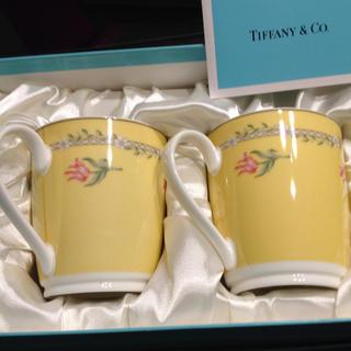 ティファニー(Tiffany & Co.)のTIFFANY&Co. Pink Tulip ペアマグカップ 花柄 (日用品/生活雑貨)