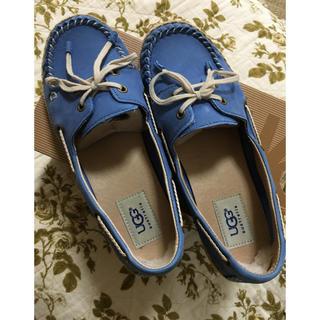 アグ(UGG)の美品 UGGデッキシューズ 靴 US6 23.0(ローファー/革靴)