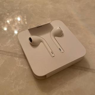 アイフォーン(iPhone)のiPhone earphone(ヘッドフォン/イヤフォン)