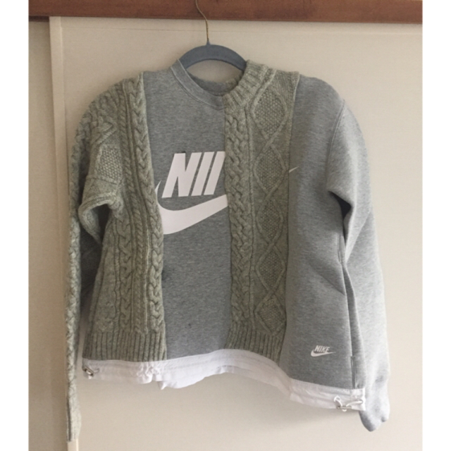 sacai(サカイ)のsacai x Nike スウェット レディースのトップス(トレーナー/スウェット)の商品写真