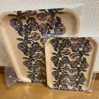 ミナペルホネン(mina perhonen)のミナペルホネン トレイ 大小セット⭐︎(収納/キッチン雑貨)