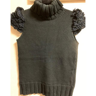 エーティー(A/T)のA/T エーティー お袖フリル半袖ニット 美品(ニット/セーター)
