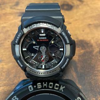 ジーショック(G-SHOCK)の美品 G-SHOCK GA-200-1AJF(腕時計(デジタル))