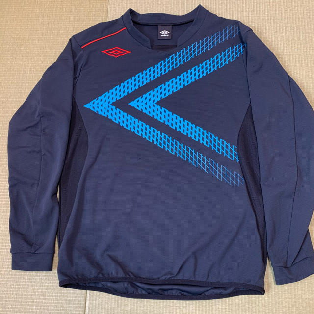 UMBRO(アンブロ)のアンブロ  パフォーマンスPT  UBS2422  ウェア  スポーツ/アウトドアのサッカー/フットサル(ウェア)の商品写真