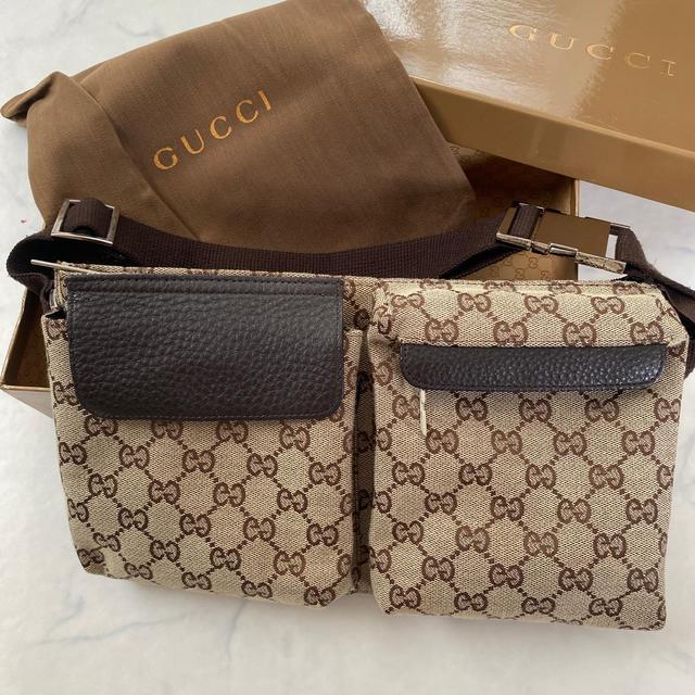 Gucci(グッチ)のGUCCIウエストバック レディースのバッグ(ボディバッグ/ウエストポーチ)の商品写真