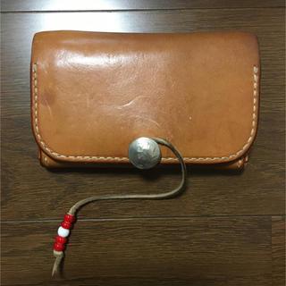ゴローズ(goro's)のタディーアンドキング二つ折中財布(折り財布)