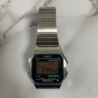 タイメックス(TIMEX)の【supremeベースモデル】TIMEX クラシック デジタル (腕時計(デジタル))