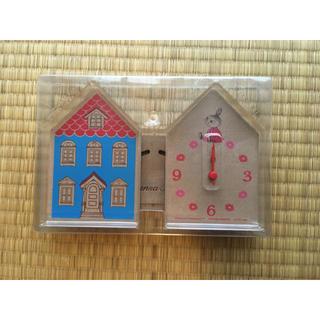 タカラジマシャ(宝島社)のリンネル付録 ムーミンハウス型置き時計(置時計)