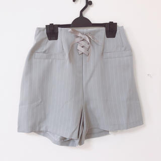 新品*ストライプ柄編み上げショートパンツ(ショートパンツ)