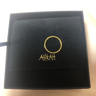 アーカー(AHKAH)のアーカーの18Kイエローゴールド流星モチーフピンキーリング(リング(指輪))