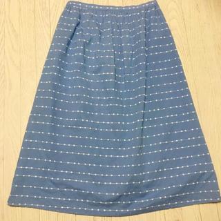 ドゥファミリー(DO!FAMILY)の刺繍のスカート(ひざ丈スカート)