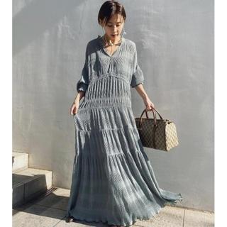 アメリヴィンテージ(Ameri VINTAGE)の新品未使用!アメリ ameri SHIRRING PLEATS DRESS S(ロングワンピース/マキシワンピース)
