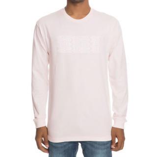 アンディフィーテッド(UNDEFEATED)の新品 undefeated ロングTシャツ ピンク ロンT(Tシャツ/カットソー(七分/長袖))