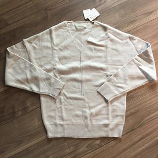 ルカ(LUCA)の新品 ルカ LUCA Vネックニット セーター(ニット/セーター)